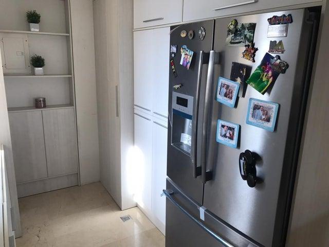 Apartamento Zulia>Maracaibo>Avenida Milagro Norte - Venta:53.000 Precio Referencial - codigo: 19-9532