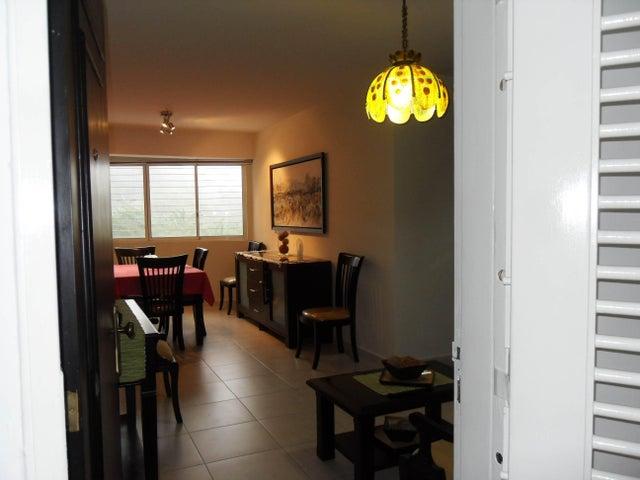 Apartamento Carabobo>Valencia>Las Chimeneas - Venta:35.000 Precio Referencial - codigo: 19-9539