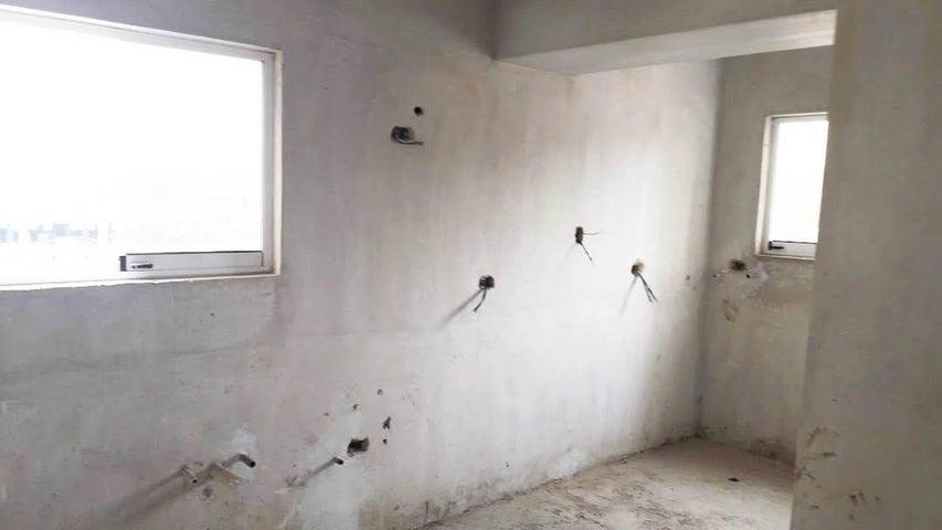 Apartamento Aragua>Maracay>Base Aragua - Venta:34.750 Precio Referencial - codigo: 19-9560