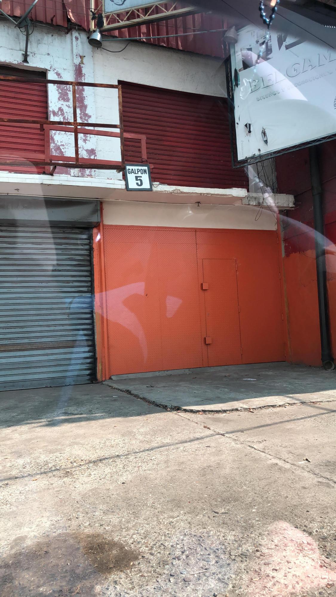 Galpon - Deposito Distrito Metropolitano>Caracas>La Yaguara - Alquiler:500 Precio Referencial - codigo: 19-9625