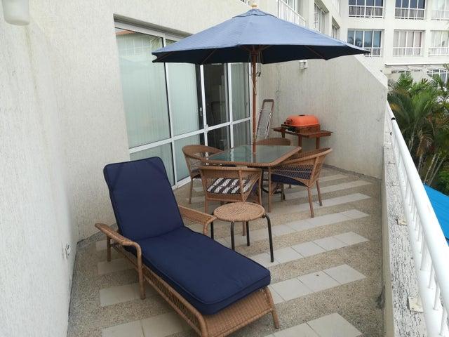 Apartamento Anzoategui>Puerto La Cruz>Complejo Turistico El Morro - Venta:40.000 Precio Referencial - codigo: 19-9643