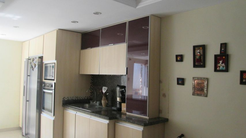Casa Aragua>Palo Negro>Conjunto Residencial El Oasis - Venta:20.000 Precio Referencial - codigo: 19-9652