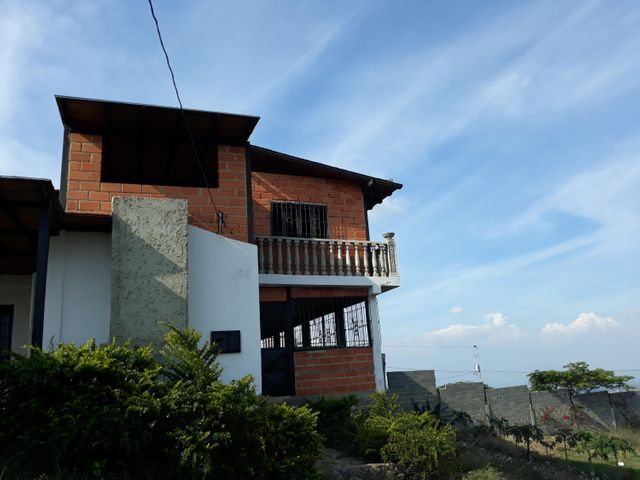 Casa Lara>Barquisimeto>El Manzano - Venta:8.500 Precio Referencial - codigo: 19-9673