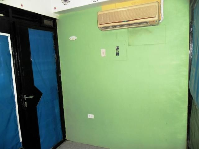 Local Comercial Aragua>Maracay>Avenida 19 de Abril - Alquiler:40 Precio Referencial - codigo: 19-9682