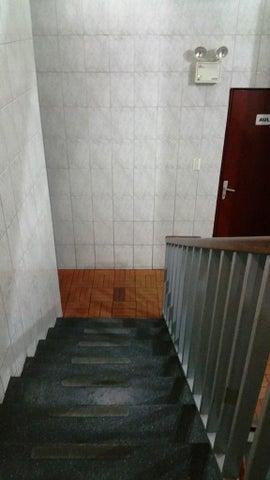 Casa Distrito Metropolitano>Caracas>La California Norte - Venta:100.000 Precio Referencial - codigo: 19-9698