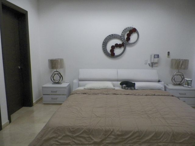 Casa Anzoategui>Lecheria>Casa Botes B - Venta:350.000 Precio Referencial - codigo: 19-9718