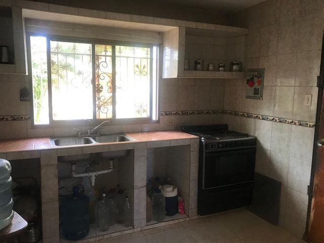 Casa Falcon>Punto Fijo>Puerta Maraven - Venta:14.000 Precio Referencial - codigo: 19-9731
