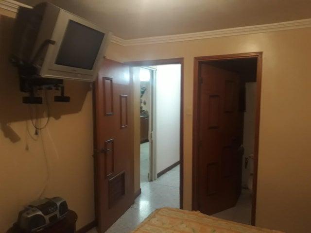 Townhouse Zulia>Maracaibo>Club Hipico - Venta:12.000 Precio Referencial - codigo: 19-9759