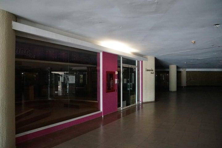 Local Comercial Anzoategui>Lecheria>Complejo Turistico EL Morro - Venta:145.000 Precio Referencial - codigo: 19-9765