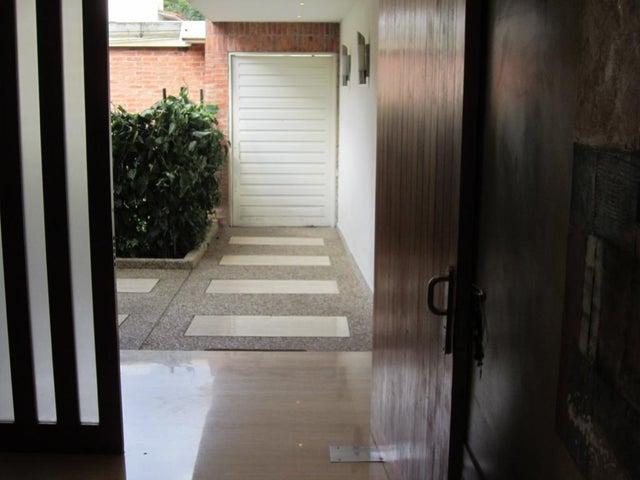 Casa Distrito Metropolitano>Caracas>La Castellana - Venta:700.000 Precio Referencial - codigo: 19-9799