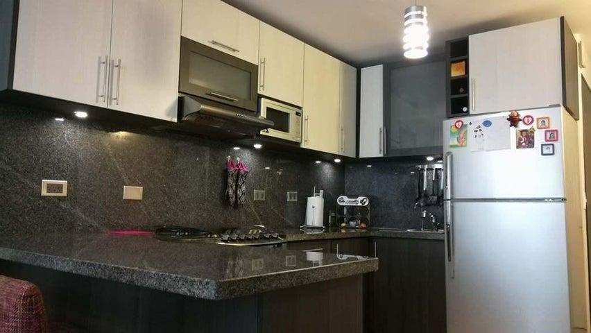 Apartamento Distrito Metropolitano>Caracas>El Encantado - Venta:27.500 Precio Referencial - codigo: 19-9929