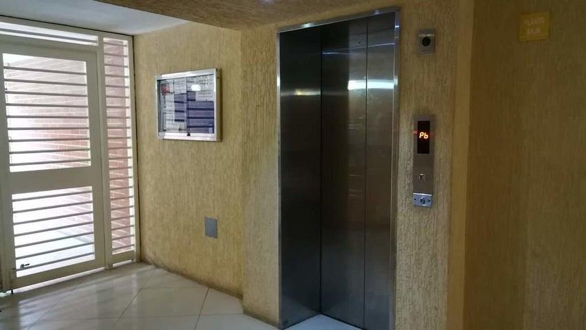 Apartamento Distrito Metropolitano>Caracas>El Encantado - Venta:30.000 Precio Referencial - codigo: 19-9929