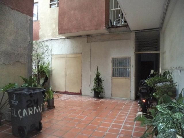Galpon - Deposito Distrito Metropolitano>Caracas>Chacao - Venta:120.000 Precio Referencial - codigo: 19-9786