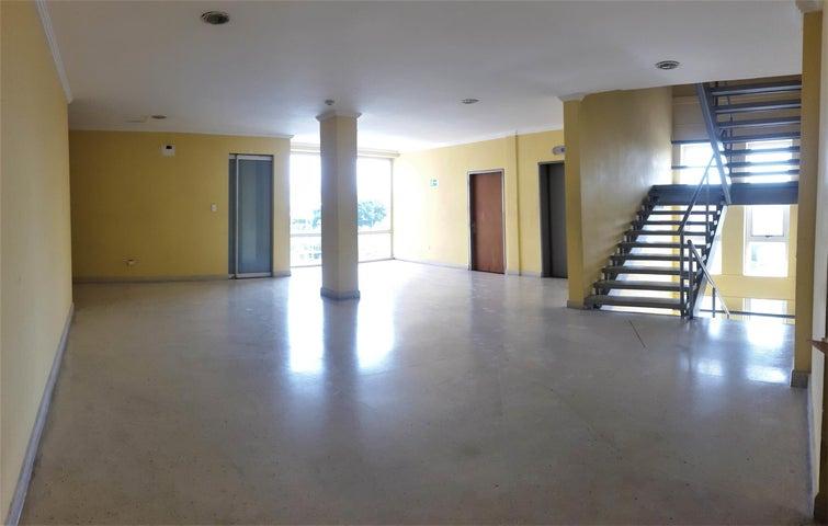 Oficina Carabobo>Valencia>Zona Industrial - Alquiler:200 Precio Referencial - codigo: 19-9849