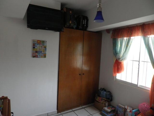 Apartamento Falcon>Tucacas>Tucacas - Venta:25.000 Precio Referencial - codigo: 19-9805