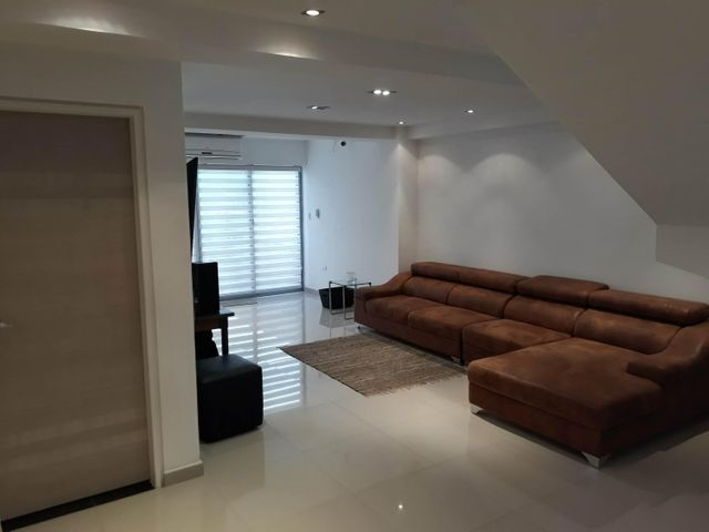 Apartamento Carabobo>Valencia>La Trigaleña - Venta:250.000 Precio Referencial - codigo: 19-7759