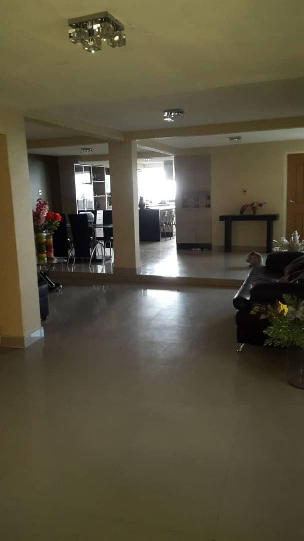 Casa Miranda>Charallave>Los Anaucos - Venta:35.000 Precio Referencial - codigo: 19-10209