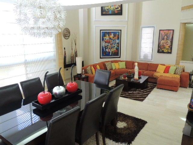 Townhouse Zulia>Maracaibo>Doral Norte - Venta:120.000 Precio Referencial - codigo: 19-9862