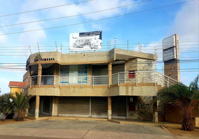 Local Comercial Falcon>Coro>Av Ramon Antonio Medina - Venta:20.000 Precio Referencial - codigo: 19-9864