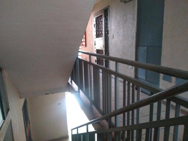 Apartamento Carabobo>Municipio San Diego>Terrazas de San Diego - Venta:17.500 Precio Referencial - codigo: 19-9881
