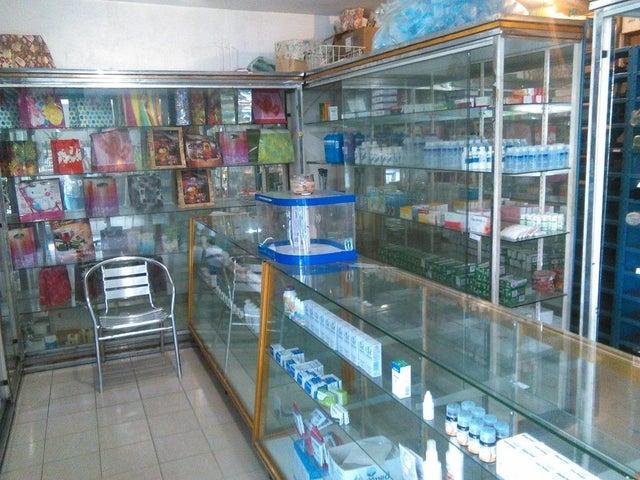 Local Comercial Distrito Metropolitano>Caracas>Santa Monica - Alquiler:500 Precio Referencial - codigo: 19-9890