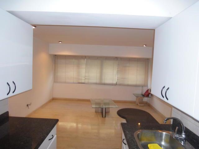 Apartamento Distrito Metropolitano>Caracas>El Rosal - Alquiler:500 Precio Referencial - codigo: 19-9904