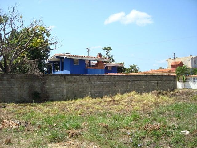 Casa Miranda>Higuerote>Higuerote - Venta:18.000 Precio Referencial - codigo: 19-10063