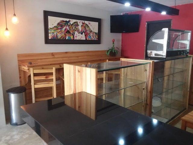 Local Comercial Zulia>Maracaibo>5 de Julio - Alquiler:120 Precio Referencial - codigo: 19-9897