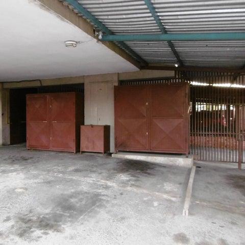 Apartamento Aragua>Maracay>Residencias Coromoto - Venta:25.500 Precio Referencial - codigo: 19-9939