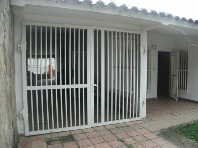 Casa Lara>Cabudare>El Recreo - Venta:17.000 Precio Referencial - codigo: 19-9947