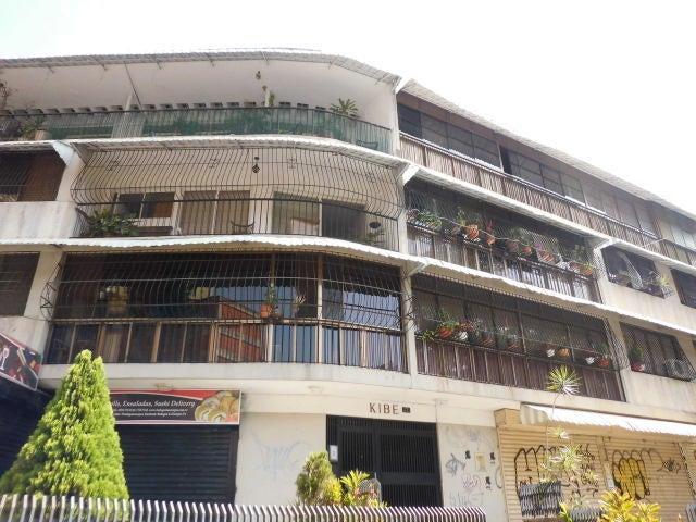 Apartamento Distrito Metropolitano>Caracas>Colinas de Bello Monte - Venta:50.000 Precio Referencial - codigo: 19-9962