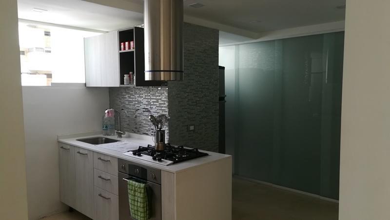 Apartamento Distrito Metropolitano>Caracas>Los Palos Grandes - Venta:175.000 Precio Referencial - codigo: 19-9965