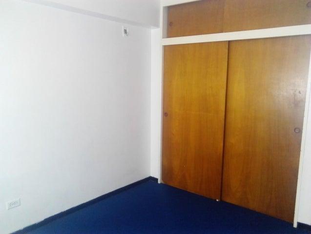 Apartamento Distrito Metropolitano>Caracas>Santa Monica - Venta:55.000 Precio Referencial - codigo: 19-9966