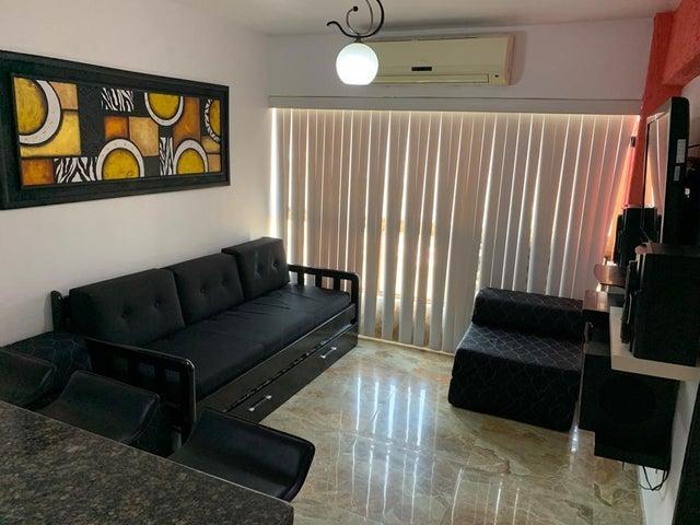Apartamento Miranda>Higuerote>Ciudad Balneario Higuerote - Venta:11.500 Precio Referencial - codigo: 19-7638