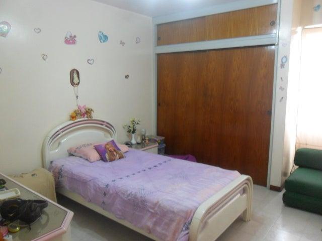 Apartamento Distrito Metropolitano>Caracas>Las Acacias - Venta:75.000 Precio Referencial - codigo: 19-10013