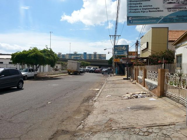 Local Comercial Zulia>Maracaibo>Las Delicias - Alquiler:120 Precio Referencial - codigo: 19-10015