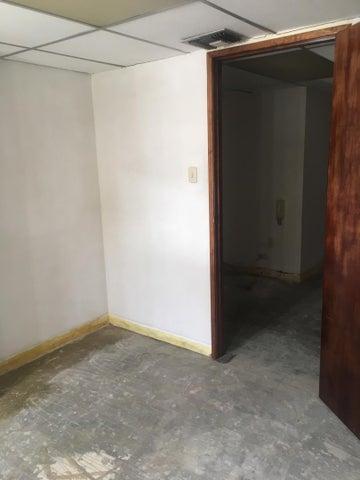 Oficina Distrito Metropolitano>Caracas>Bello Monte - Alquiler:500 Precio Referencial - codigo: 19-10081