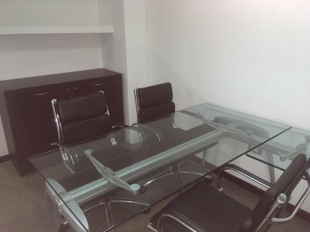 Oficina Distrito Metropolitano>Caracas>La Lagunita Country Club - Alquiler:1.500 Precio Referencial - codigo: 19-10076