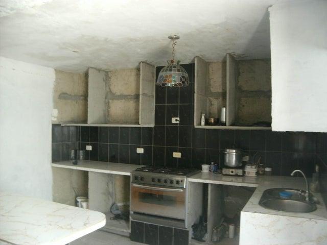 Casa Lara>Barquisimeto>La Ensenada - Venta:16.000 Precio Referencial - codigo: 19-10178