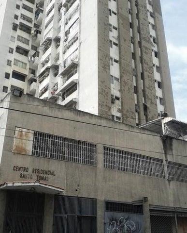 Apartamento Distrito Metropolitano>Caracas>Parroquia La Candelaria - Venta:16.000 Precio Referencial - codigo: 19-10045