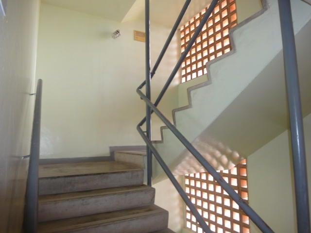 Apartamento Vargas>Catia La Mar>Playa Grande - Venta:57.000 Precio Referencial - codigo: 19-10044