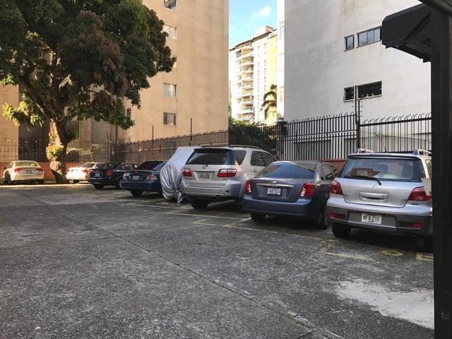 Apartamento Distrito Metropolitano>Caracas>Los Palos Grandes - Venta:150.000 Precio Referencial - codigo: 19-10068