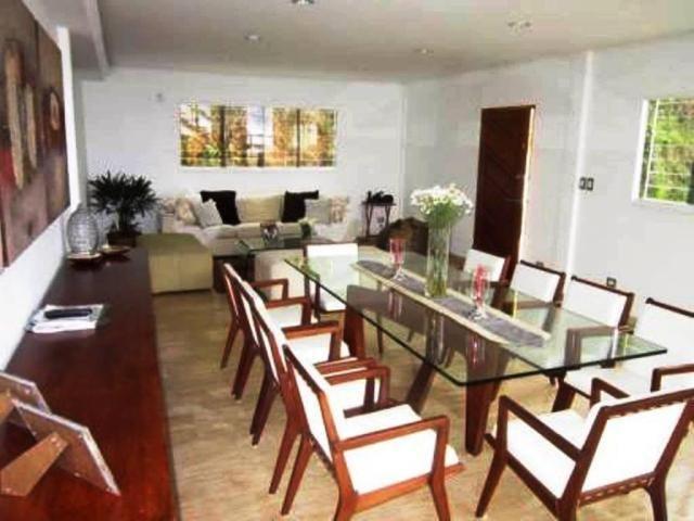 Townhouse Distrito Metropolitano>Caracas>Caicaguana - Venta:120.000 Precio Referencial - codigo: 19-10052