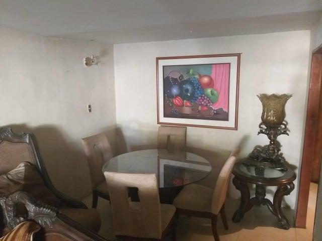Casa Bolivar>Puerto Ordaz>El Caimito - Venta:40.000 Precio Referencial - codigo: 19-10053