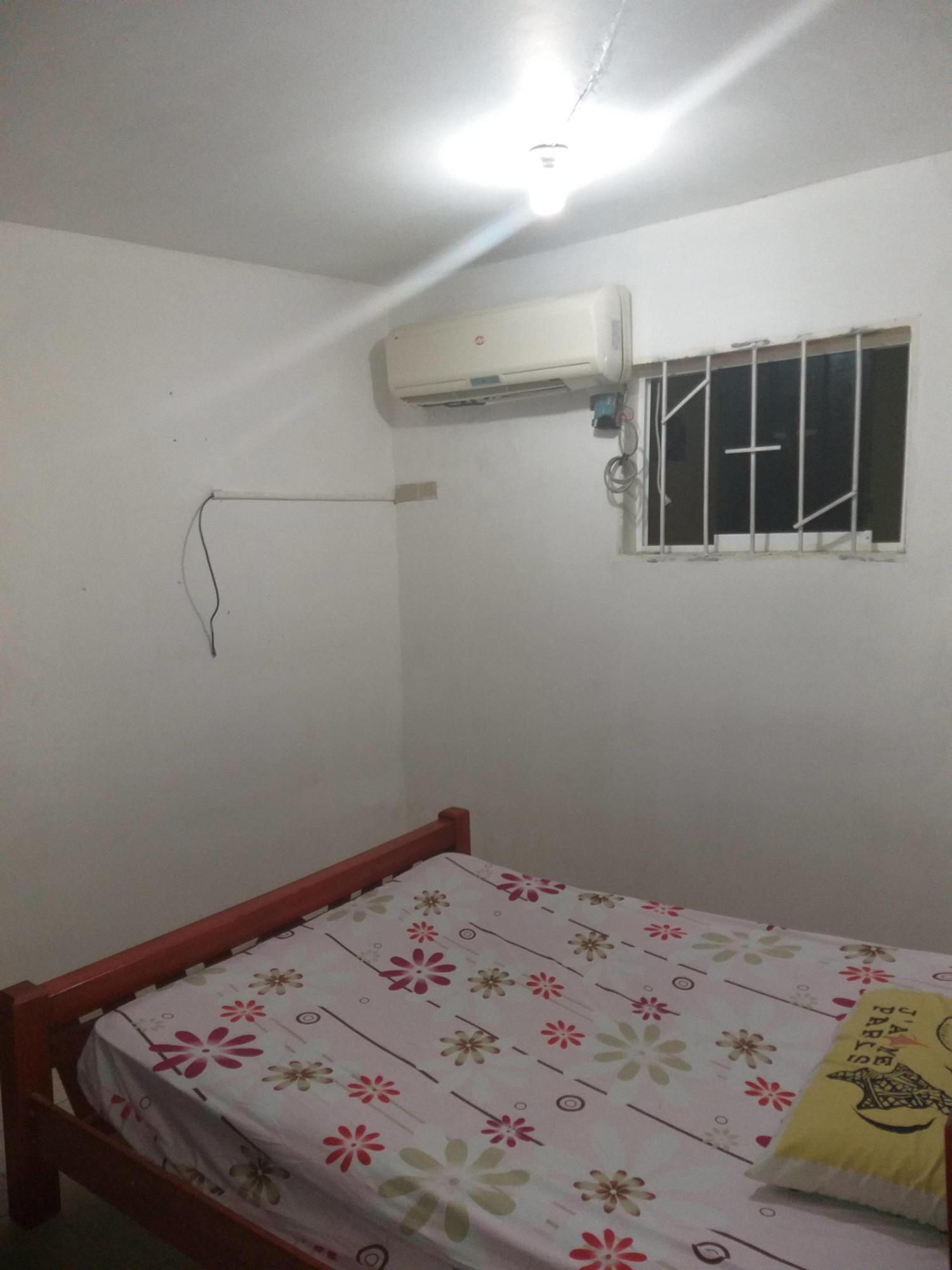 Casa Bolivar>Puerto Ordaz>El Caimito - Venta:38.000 Precio Referencial - codigo: 19-10053