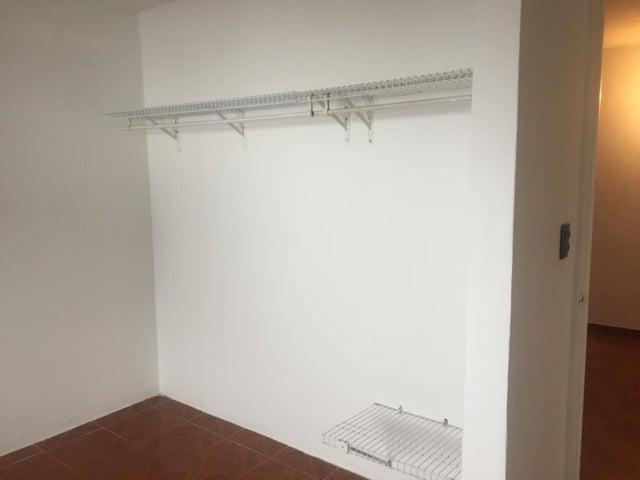 Apartamento Distrito Metropolitano>Caracas>El Junquito - Venta:55.000 Precio Referencial - codigo: 19-10072
