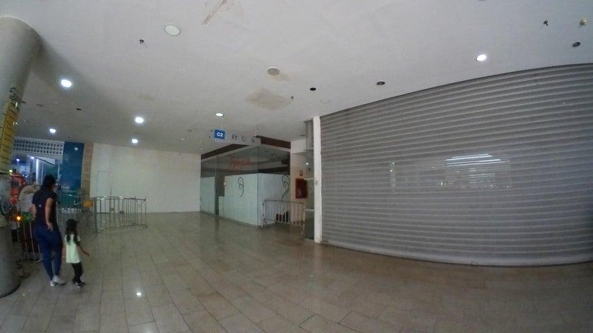 Local Comercial Distrito Metropolitano>Caracas>Los Dos Caminos - Venta:80.000 Precio Referencial - codigo: 19-10069