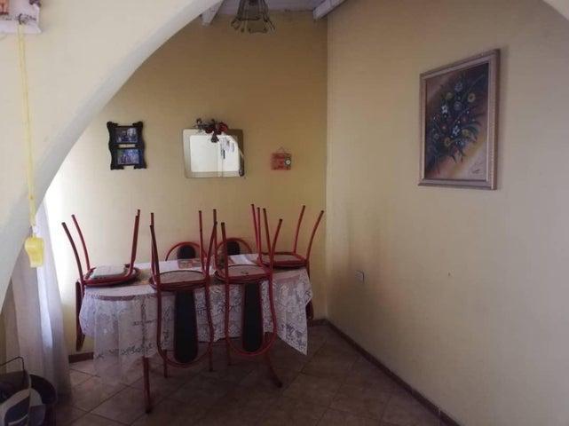 Casa Lara>Barquisimeto>Parroquia Juan de Villegas - Venta:6.500 Precio Referencial - codigo: 19-10066