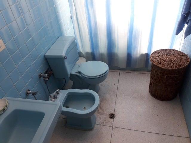 Apartamento Distrito Metropolitano>Caracas>Cumbres de Curumo - Venta:90.000 Precio Referencial - codigo: 19-10087
