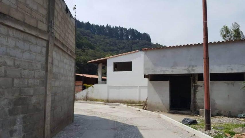 Townhouse Merida>Merida>El Vallecito - Venta:35.000 Precio Referencial - codigo: 19-10082
